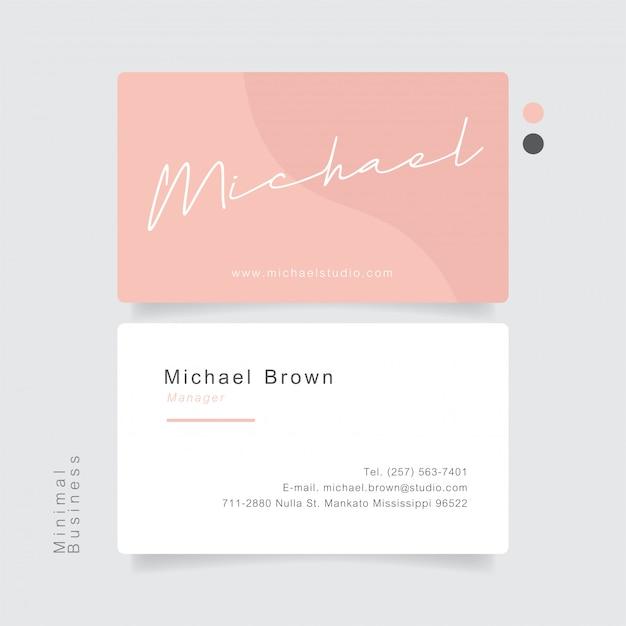 Nome rosa del disegno della mano del biglietto da visita con pastello minimo.
