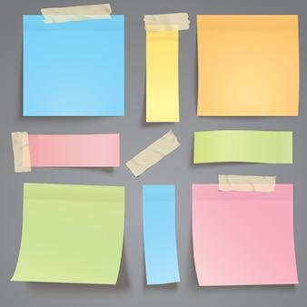 Nota di carta colorata con nastro adesivo
