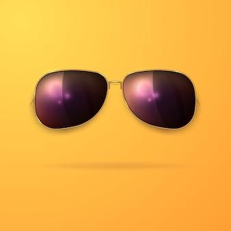 Occhiali da sole realistici in una cornice d'oro su uno sfondo giallo.