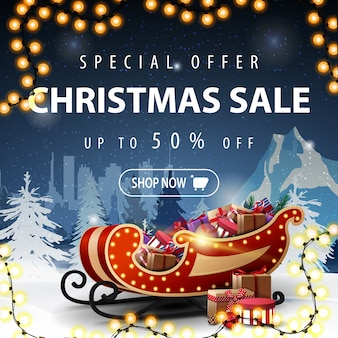 Offerta speciale saldi natalizi fino al 50% di sconto banner con paesaggio invernale notturno