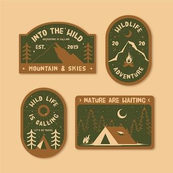 Pacchetto badge vintage campeggio e avventure