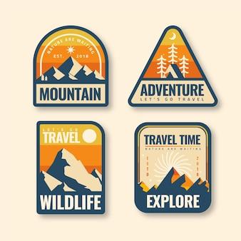 Pacchetto modello badge vintage campeggio e avventure