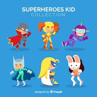 Pack di bambini supereroi