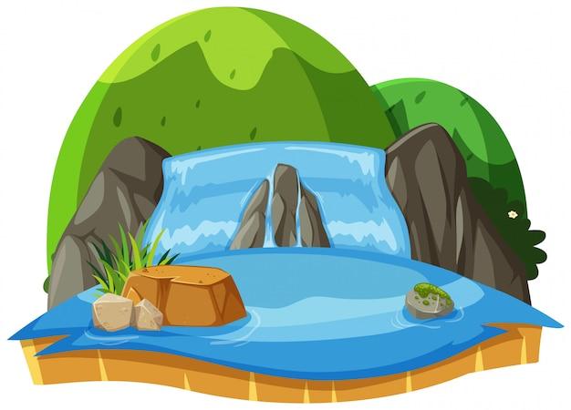 Paesaggio della natura della cascata e delle colline verdi