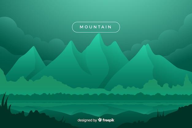Paesaggio di montagne ombreggiate verde