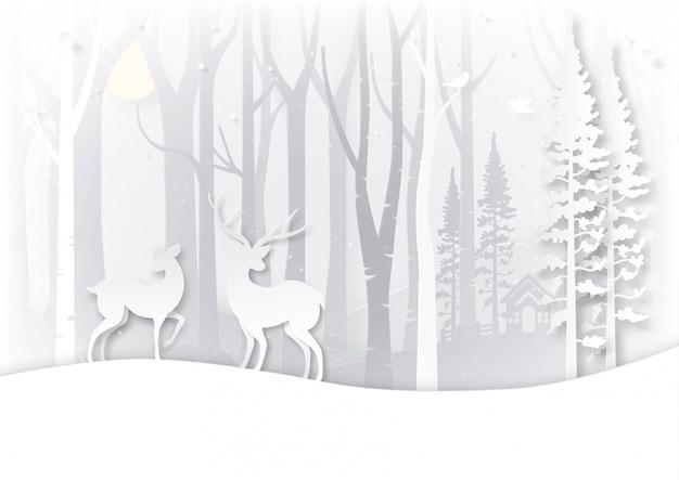 Paesaggio di stagione invernale e concetto di giorno di natale.