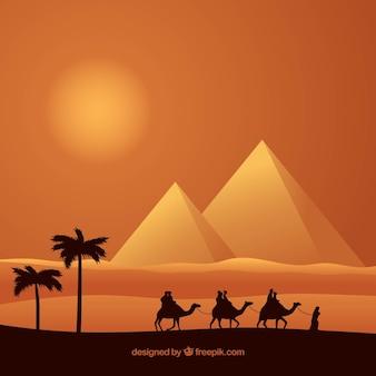 Paesaggio piramidale con roulotte