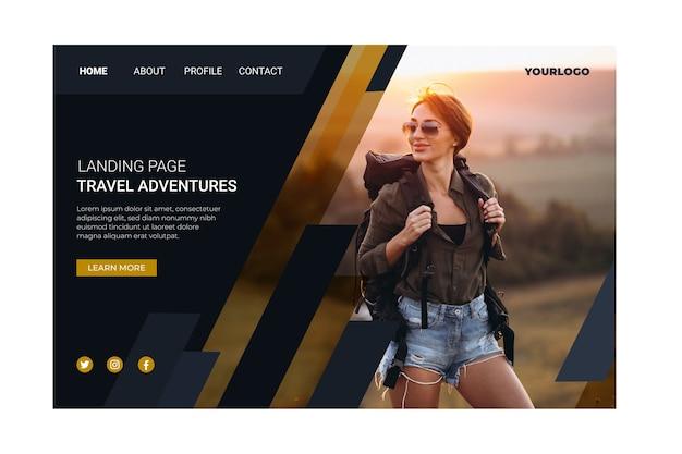 Pagina di destinazione di viaggio con modello di foto