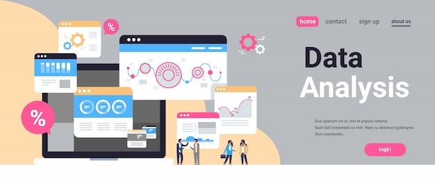 Pagina di destinazione o modello web con illustrazione, tema di big data
