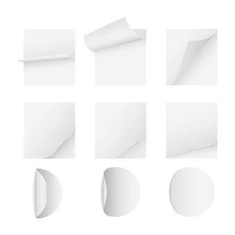 Pagine bianche adesive di carta e calendario