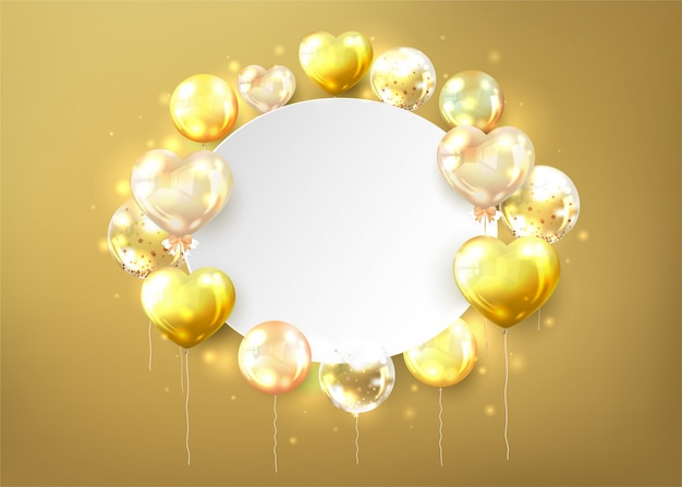 Palloncini dorati con copia spazio a forma di cuore su fondo oro