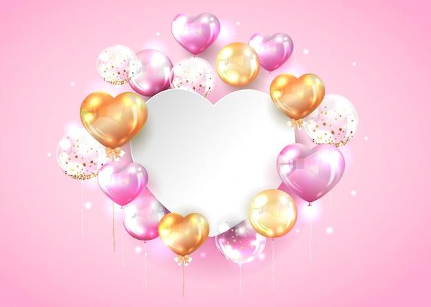 Palloncino rosa e oro con spazio di copia a forma di cuore