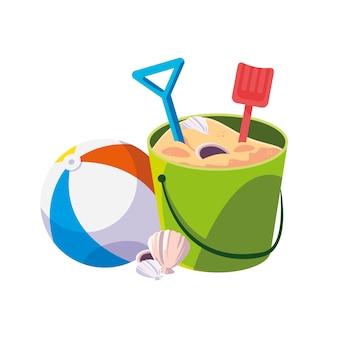 Pallone da spiaggia in plastica con secchio di sabbia e pale
