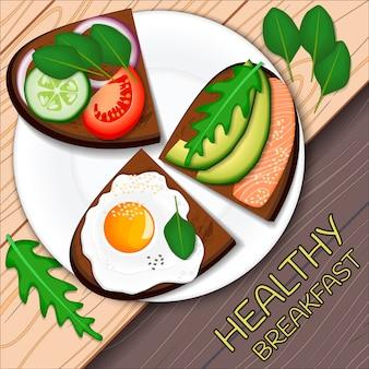 Pane tostato con fette di avocado, uovo fritto e salmone con, servito su un piatto. cibo salutare