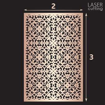Pannello ornamentale tagliato a laser con motivo, modello per il taglio. design in metallo, scultura in legno.