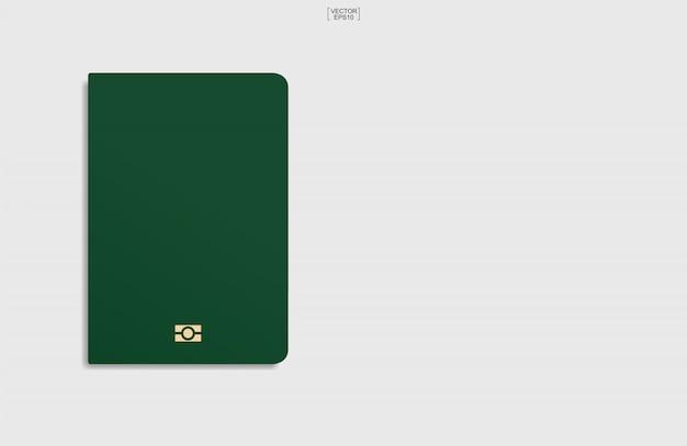 Passaporto isolato su sfondo bianco.