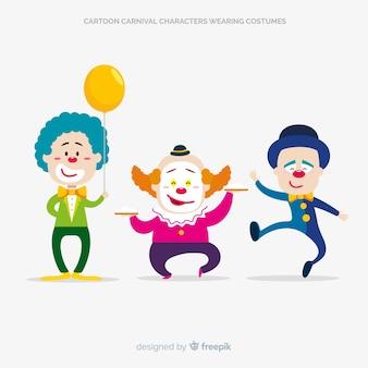 Personaggi di carnevale dei cartoni animati che indossano costumi