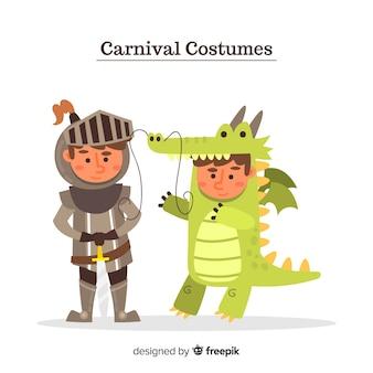 Persone che indossano costumi di carnevale