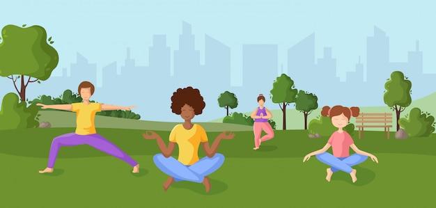 Persone - uomo, donna, adulto, bambino - facendo yoga nel parco all'aperto, ragazze e ragazzo in posizione yoga facendo esercizio