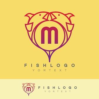 Pesce iniziale lettera m logo design