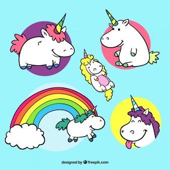 Piacevole mano unicorno disegnato con diverse pose