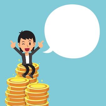 Pila dei soldi e dell'uomo d'affari con il fumetto bianco