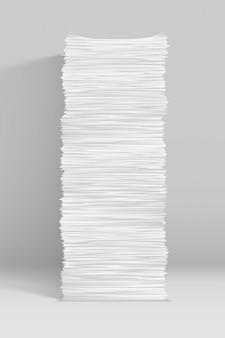 Pila di carta bianca su grigio