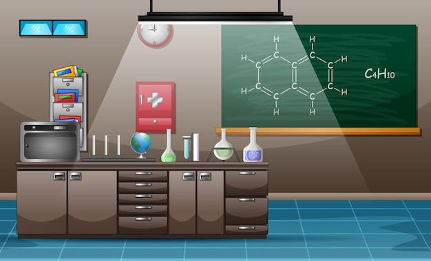 Posto di lavoro con tavolo pieno di attrezzature molecolari sul tavolo