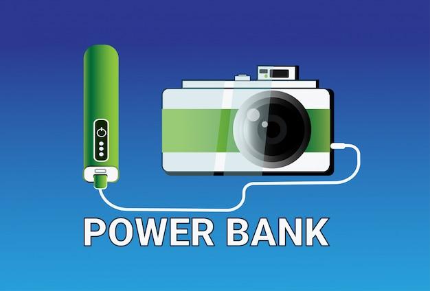 Potere banks che carica il concetto mobile portatile del caricabatteria della macchina fotografica
