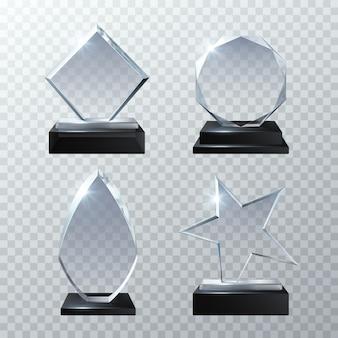 Premi di trofeo di vetro trasparente isolati sul set trasparente. illustrazione lucida del pannello e del pannello trasparente del trofeo