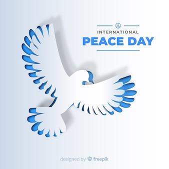 Priorità bassa di giorno di pace con colomba