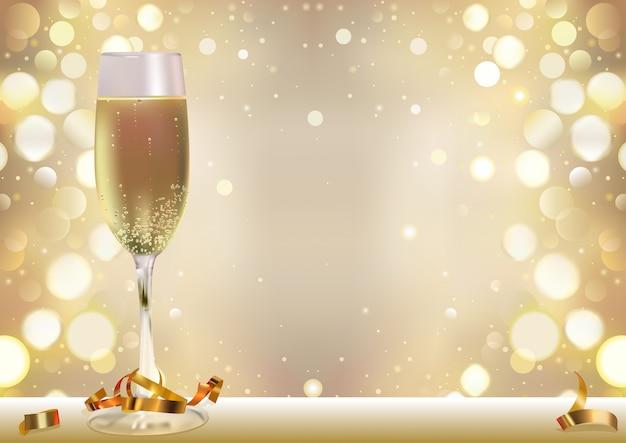 Priorità bassa dorata del bokeh con champagne glass