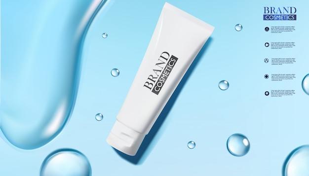 Prodotti cosmetici bianchi con goccia di acqua su sfondo blu
