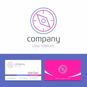 Progettazione del biglietto da visita con il vettore di logo della società della bussola
