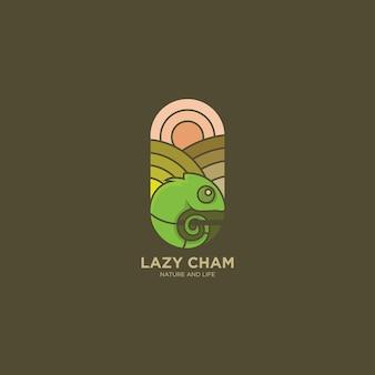 Progettazione piana dell'illustrazione di logo del camaleonte