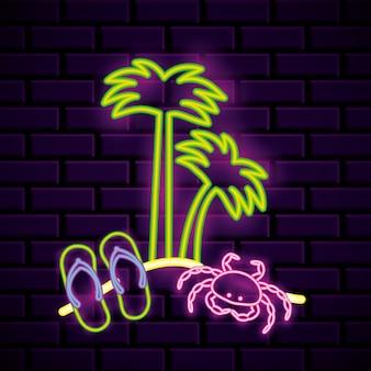 Pubblicità delle luci al neon della spiaggia di estate