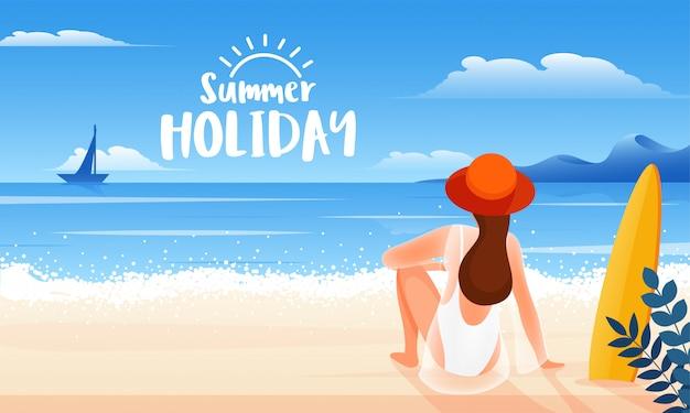 Punto di vista posteriore della giovane donna che si siede sulla spiaggia per le vacanze estive felici