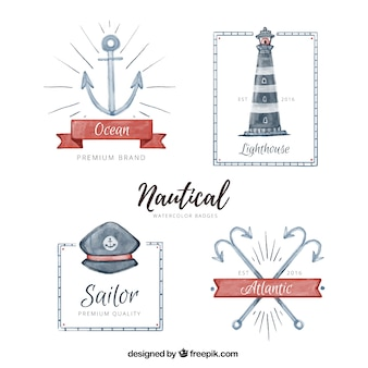 Raccolta dei distintivi nautiche in stile acquerello