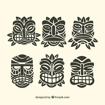 Raccolta di maschere ornamentali tiki