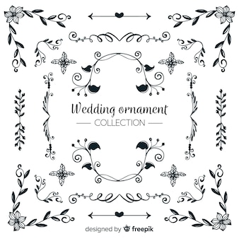 Raccolta di ornamenti di nozze disegnati a mano
