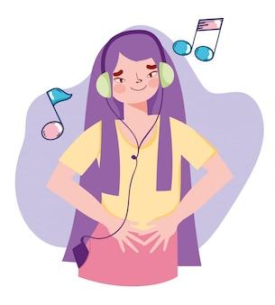 Ragazza con le note d'ascolto di musica della cuffia mp3 e