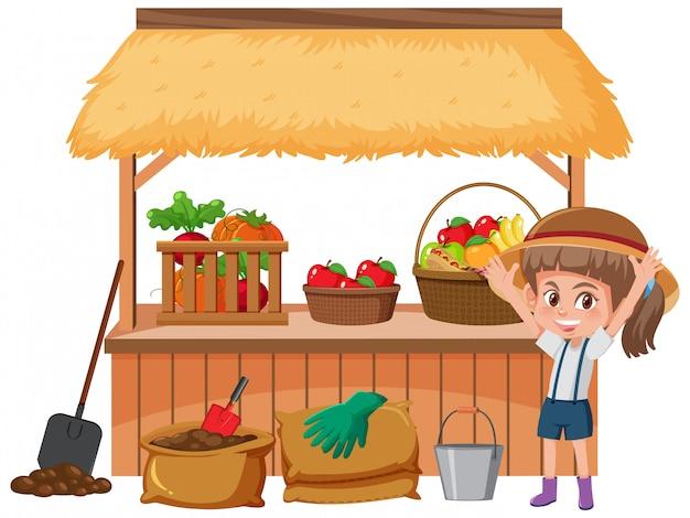 Ragazza felice e verdura fresca in azienda