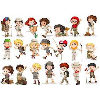 Ragazzi e ragazze scout collezione