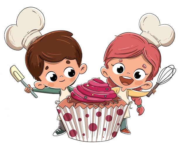 Ragazzi facendo un cupcake