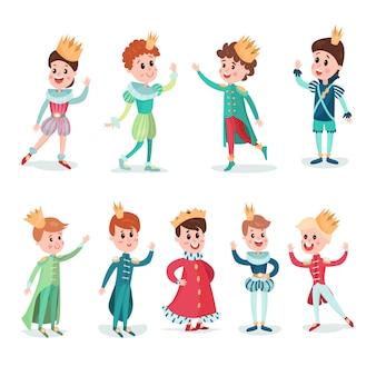 Ragazzini in costume principe con corona, simpatici personaggi dei cartoni animati impostare illustrazioni colorate