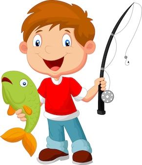 Ragazzino che pesca