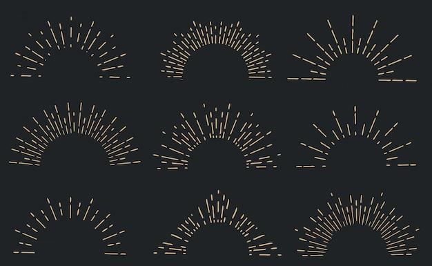 Raggi di sole disegnati a mano geometrici, linee raggi stelle.