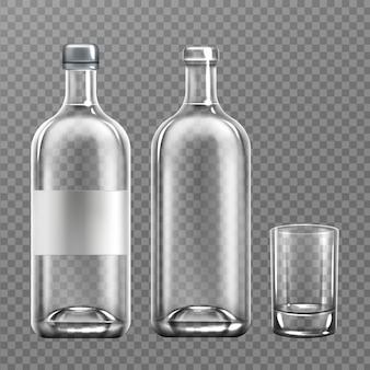 Realistica bottiglia di vetro di vodka con vetro