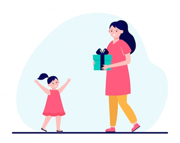 Regalo felice della holding della madre per la piccola figlia