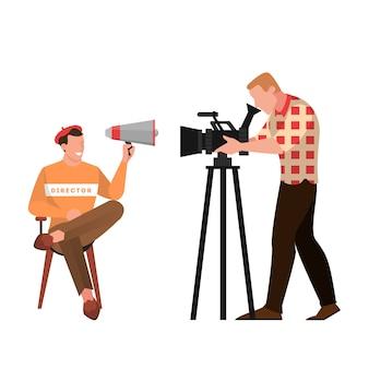 Regista cinematografico e cinematografico seduto sulla sedia e parlando attraverso il megafono. occupazione creativa, produttore in studio cinematografico e cameraman. illustrazione in stile